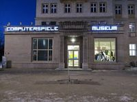 http://upload.wikimedia.org/wikipedia/commons/thumb/4/47/Computerspielemuseum-berlin-night.jpg/260px-Computerspielemuseum-berlin-night.jpg